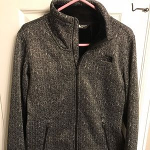 f21801447 North Face- Apex Chromium Thermal Jacket (Women's)